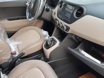 Cần bán Hyundai Grand i10 đời 2017, màu bạc