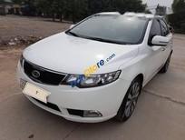 Cần bán gấp Kia Forte AT sản xuất 2011, màu trắng