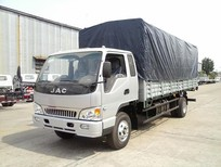 Bán xe JAC HFC 4.9 tấn 2017, màu bạc giá cạnh tranh.
