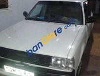 Cần bán xe Toyota Corolla MT năm 1982, màu trắng, giá chỉ 45 triệu