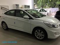 Bán ô tô Hyundai Accent 1.4L AT 2017, màu trắng, xe nhập, giá tốt - Hotline: 0962.800.686