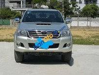 Cần bán xe Toyota Hilux 3.0G đời 2013, màu bạc như mới