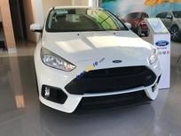 Bán ô tô Ford Focus Trend 1.5 AT Ecoboost sản xuất 2017, màu trắng, giá tốt