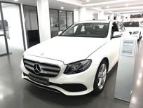 Bán xe Mercedes E250 2017 màu trắng/đen đã qua sử dụng
