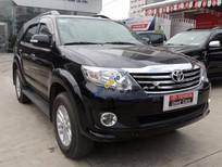 Cần bán Toyota Fortuner 2.7V đời 2014, màu đen số tự động, giá chỉ 785 triệu