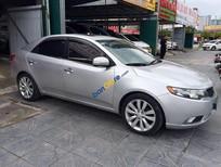 Cần bán xe Kia Forte đời 2010, màu bạc, nhập khẩu nguyên chiếc