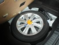 Bán Toyota Yaris E sản xuất 2014, màu bạc, nhập khẩu số tự động, giá tốt
