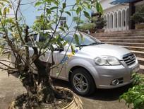 Cần bán xe Daewoo Gentra SX đời 2009, màu bạc, giá tốt