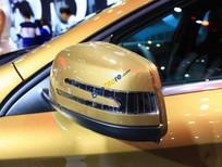 Bán xe Mercedes 250 4matic 2017, màu vàng, nhập khẩu nguyên chiếc