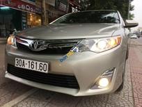 Bán Toyota Camry XLE đời 2014, màu vàng, nhập khẩu