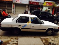 Bán Toyota Corolla 1982, màu trắng, xe đang sử dụng tốt