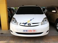 Cần bán lại xe Toyota Sienna LE sản xuất 2009, màu trắng, nhập khẩu, giá 880tr