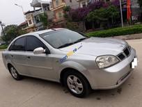 Cần bán xe Daewoo Lacetti năm sản xuất 2004, màu bạc