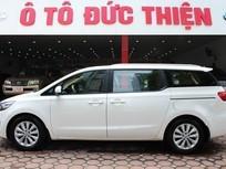 Cần bán lại xe Kia Sedona đời 2015, màu trắng, nhập khẩu nguyên chiếc