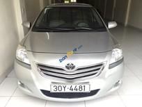 Cần bán Toyota Vios E đời 2010, màu bạc, giá tốt