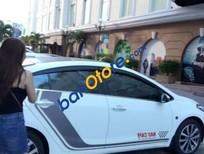 Cần bán Kia K3 AT đời 2014, màu trắng xe gia đình