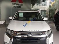 Giảm giá sốc xe Mitsubishi Outlander