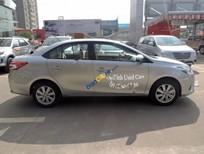Cần bán xe Toyota Vios 1.5E đời 2014, màu bạc chính chủ