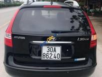 Cần bán Hyundai i30 đời 2010 màu đen, giá chỉ 379 triệu