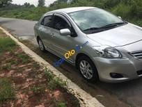 Chính chủ bán xe Toyota Vios sản xuất 2010, màu bạc