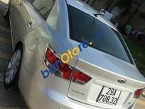 Bán xe Kia Forte đời 2011, màu bạc số sàn