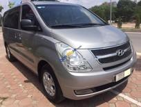 Cần bán Hyundai Grand Starex 2.5MT đời 2010, màu bạc, nhập khẩu nguyên chiếc chính chủ, 700 triệu