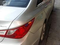 Bán Hyundai Sonata đời 2010, màu bạc, nhập khẩu nguyên chiếc, giá chỉ 535tr