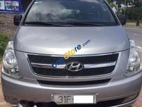 Bán xe Hyundai Grand Starex đời 2010, màu bạc