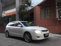 Cần bán Hyundai i30 CW năm 2010, màu trắng, nhập khẩu nguyên chiếc số tự động, 395 triệu