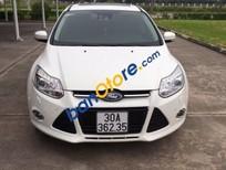 Cần bán xe Ford Focus 2.0 AT đời 2014, màu trắng, 640tr