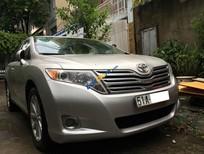 Toyota Venza 2009, đăng ký 2011 màu bạc, lướt 59000 km