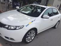 Bán Kia Forte SX 1.6 MT đời 2011, màu trắng xe gia đình