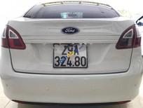 Cần bán gấp Ford Fiesta 1.6 AT đời 2011, màu trắng số tự động, 340tr