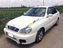 Bán xe Daewoo Lanos đời 2001, màu trắng xe gia đình