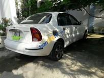 Bán ô tô Daewoo Lanos sản xuất 2002, màu trắng còn mới, 80tr