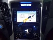 Cần bán Hyundai Sonata sản xuất 2011, màu trắng, 620 triệu