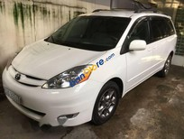Cần bán lại xe Toyota Sienna đời 2004, màu trắng, 478tr