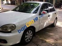Bán gấp Daewoo Lanos đời 2003, màu trắng xe gia đình