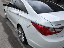 Bán Hyundai Sonata 2.0 AT đời 2011, màu trắng, xe nhập chính chủ