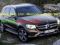 Cần bán xe Mercedes GLC 250 2017, màu trắng, nhập khẩu