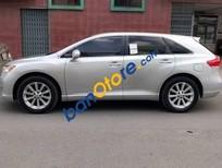 Bán gấp Toyota Venza 2.7L 2009, màu bạc chính chủ, giá 800tr