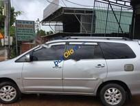 Cần bán xe Toyota Innova G 2010, màu bạc xe gia đình