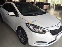 Cần bán xe Kia K3 2.0 đời 2016, số tự động, màu trắng
