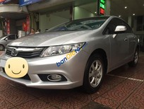 Cần bán xe Honda Civic 1.8AT sản xuất 2013, màu bạc