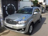 Cần bán xe Toyota Fortuner V 2012 tự động, máy xăng, xe chính chủ