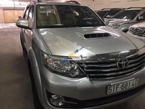 Bán xe Toyota Fortuner 2.5G đời 2015, màu bạc số sàn