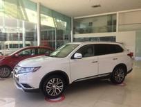 Bán ô tô Mitsubishi Outlander 2018, màu trắng, kinh doanh tốt, liên hệ ngay 0905910199 gặp Phú