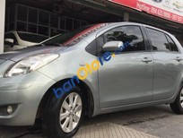 Cần bán xe Toyota Yaris 1.3 AT đời 2010, màu bạc