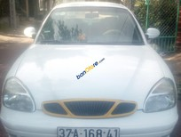 Cần bán xe Daewoo Nubira LX sản xuất năm 2001, màu trắng, nhập khẩu