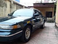 Bán Ford Crown victoria sản xuất năm 1995, màu xanh lam, xe nhập, giá 130tr